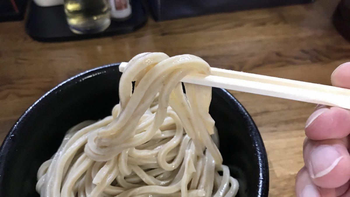 村岡屋本店の極太麺
