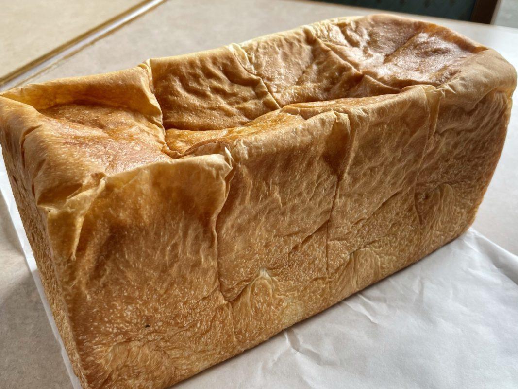 記憶に刻めの高給食パン
