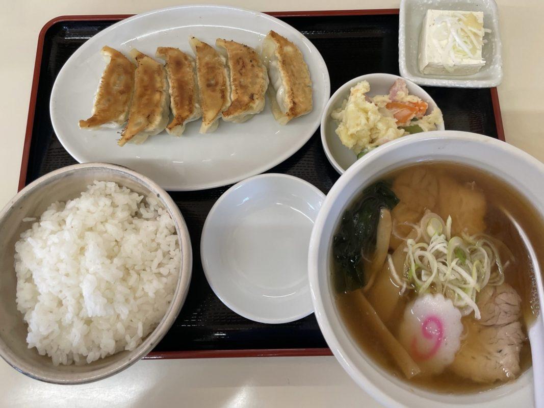 高橋餃子店の餃子定食