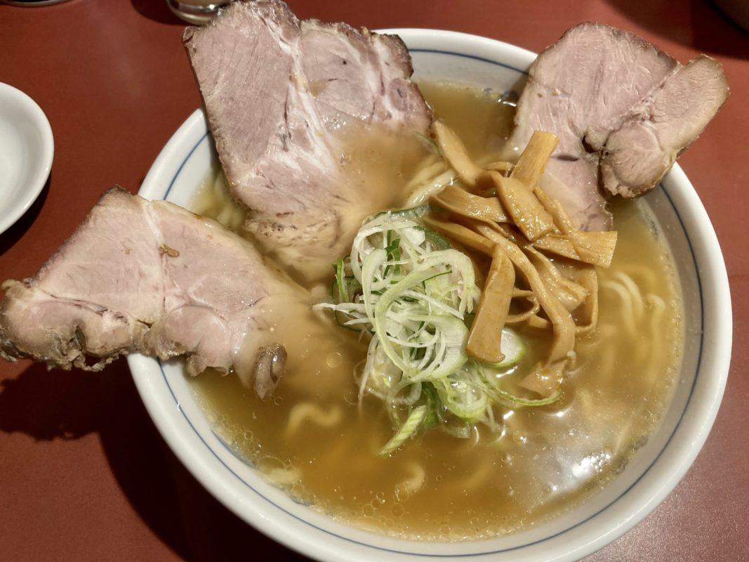彩花のチャーシュー麺
