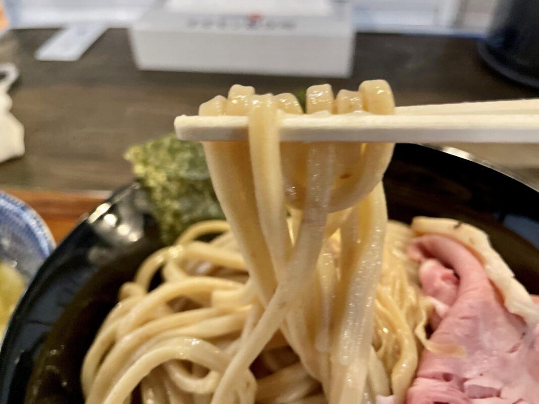 自家製麺オオモリ製作所の麺