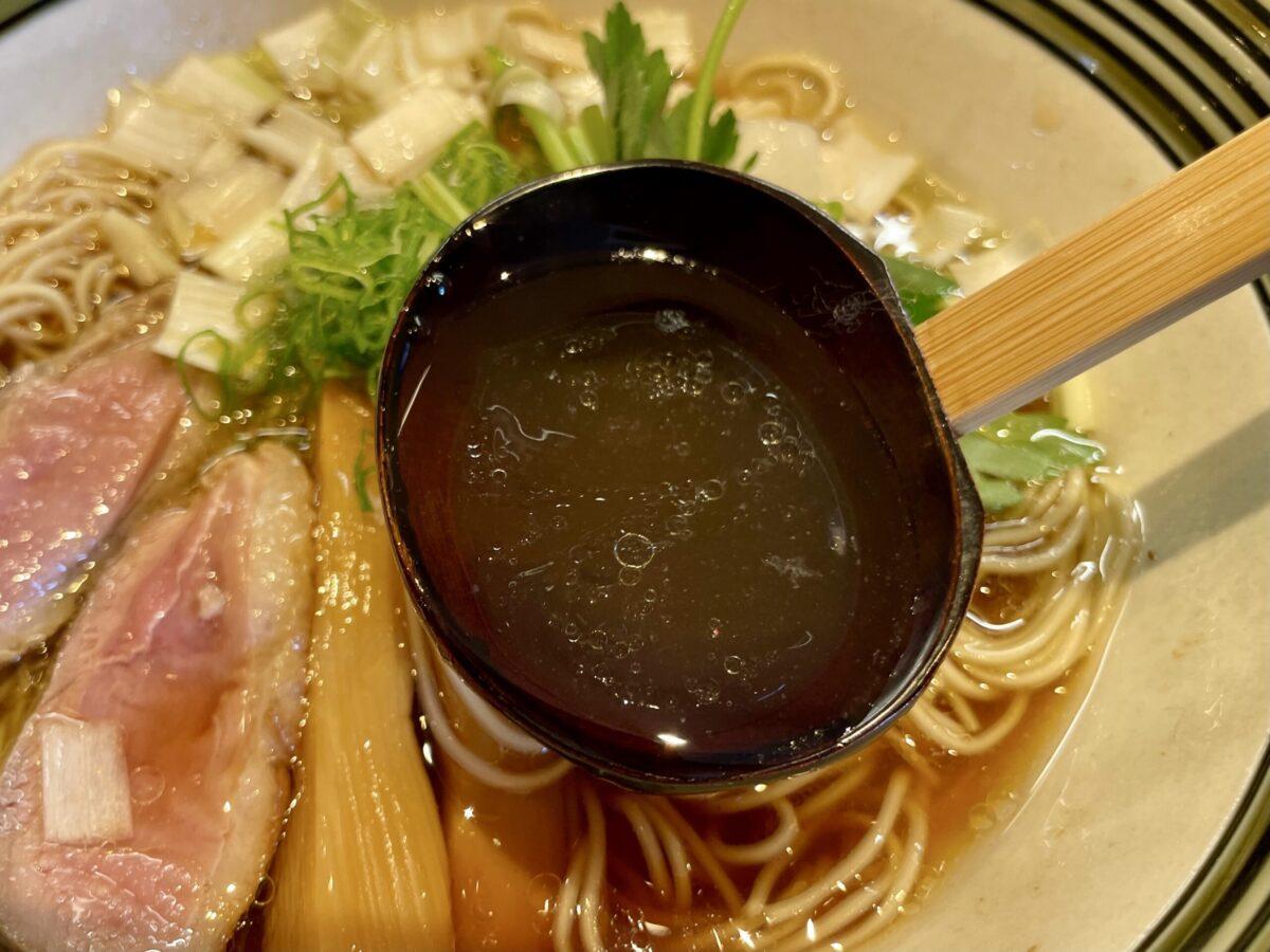 東のヒバリのラーメンスープ