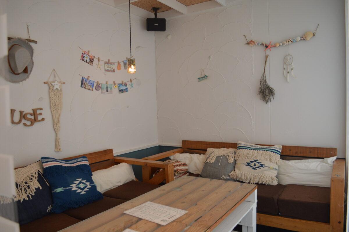 アロハカフェのソファ席