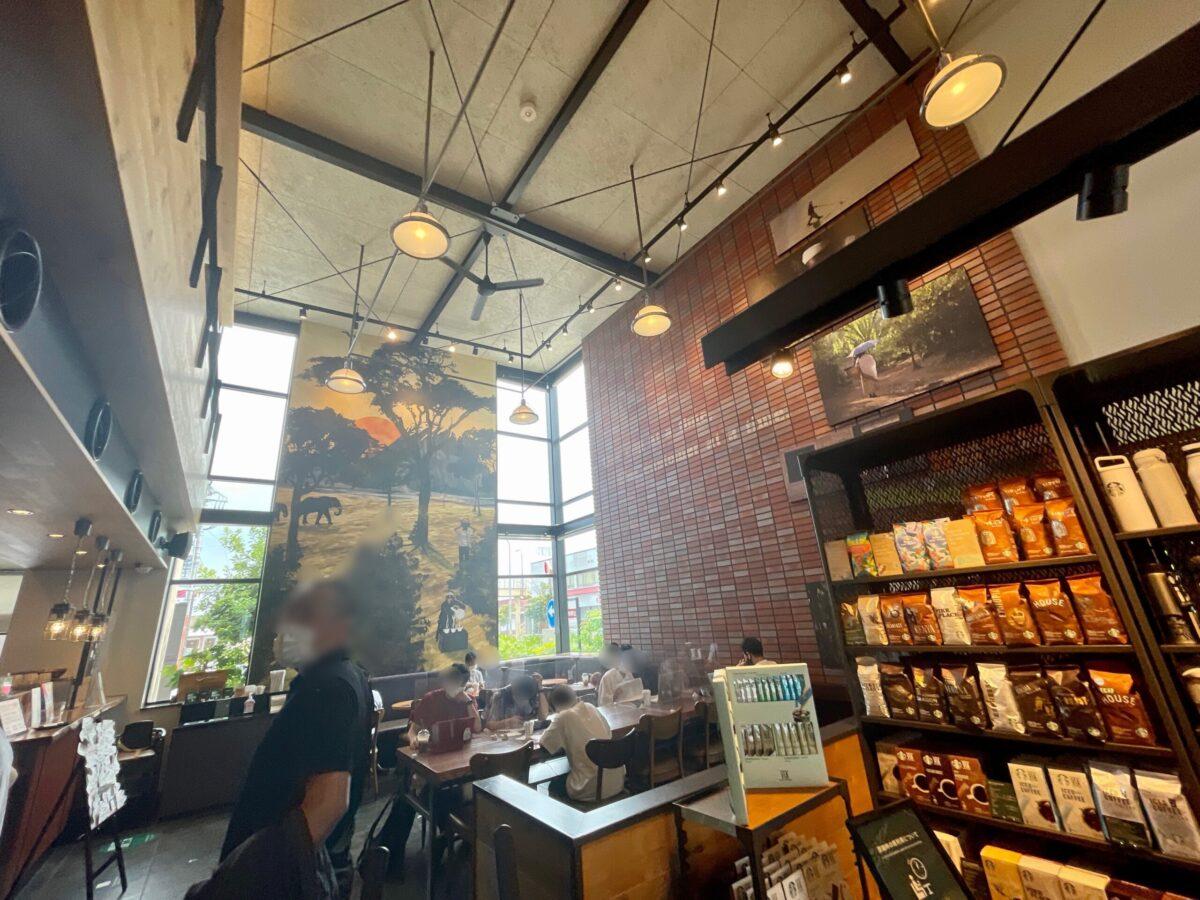 スターバックスコーヒー宇都宮城東店の店内