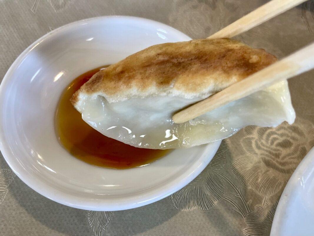 飯城園(はんじょうえん)の焼き餃子