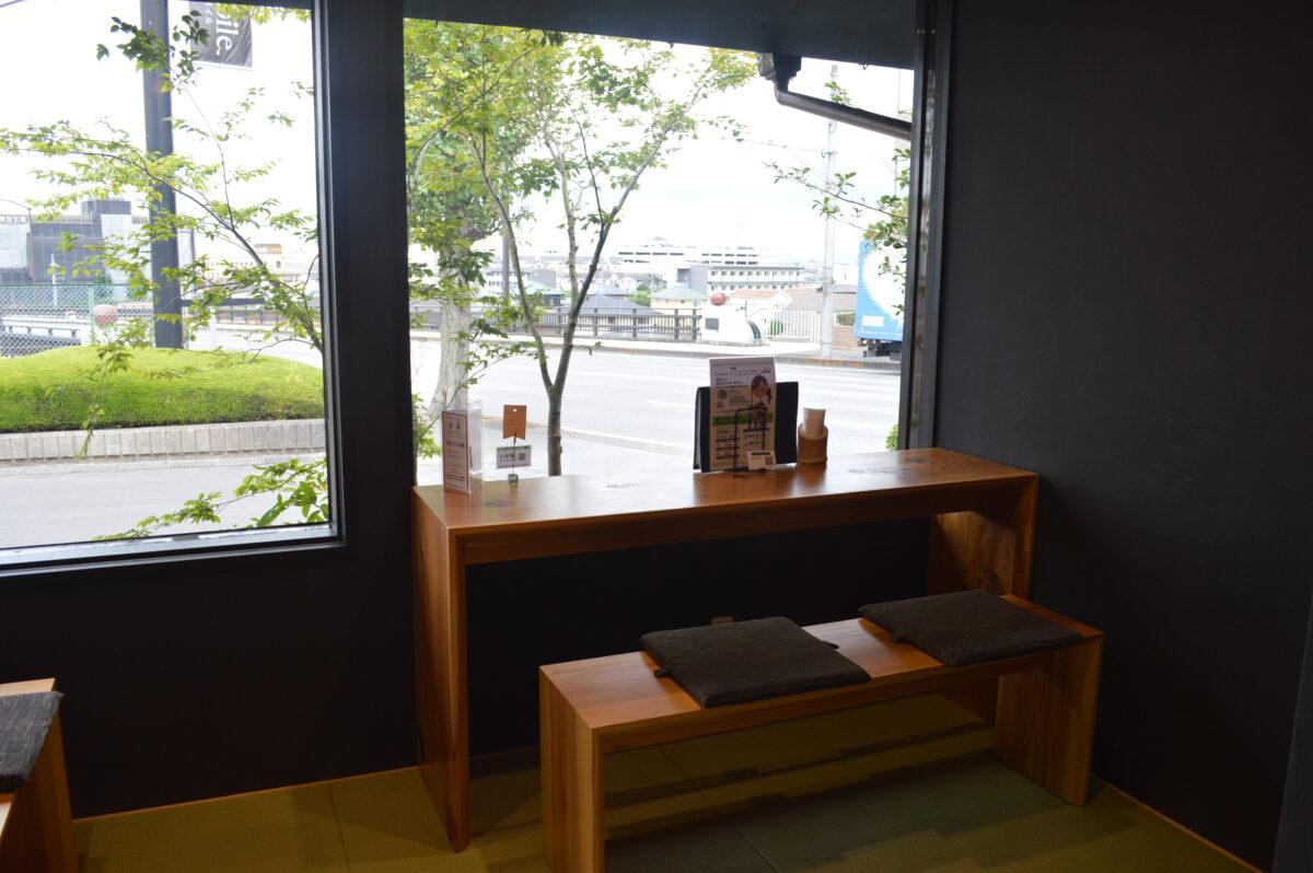 リアン茶屋の席