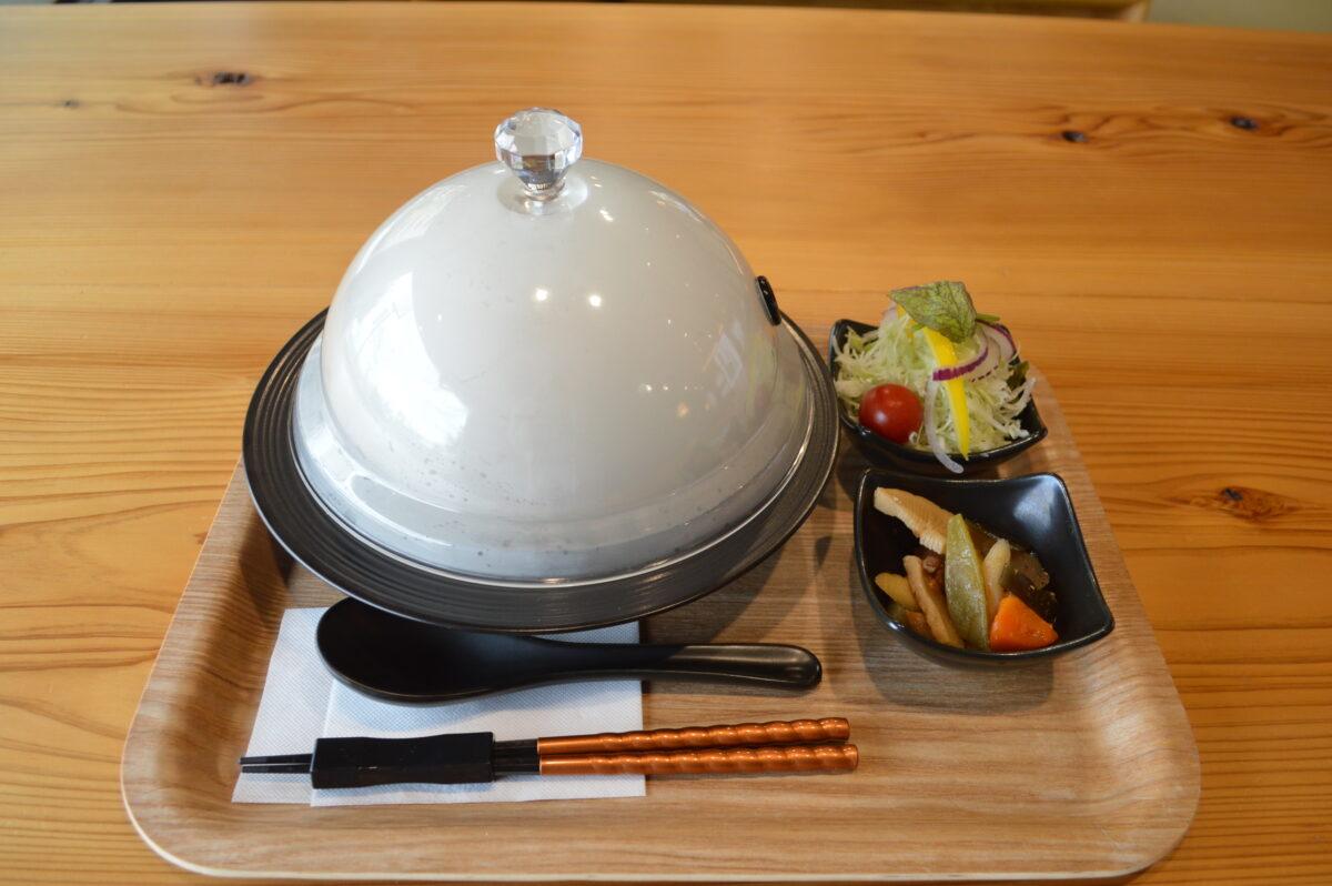 リアン茶屋のローストビーフ丼