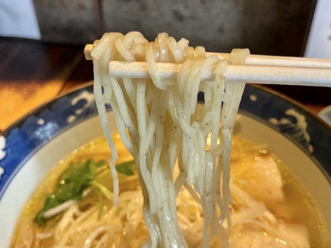 中華そばぴんすけの麺