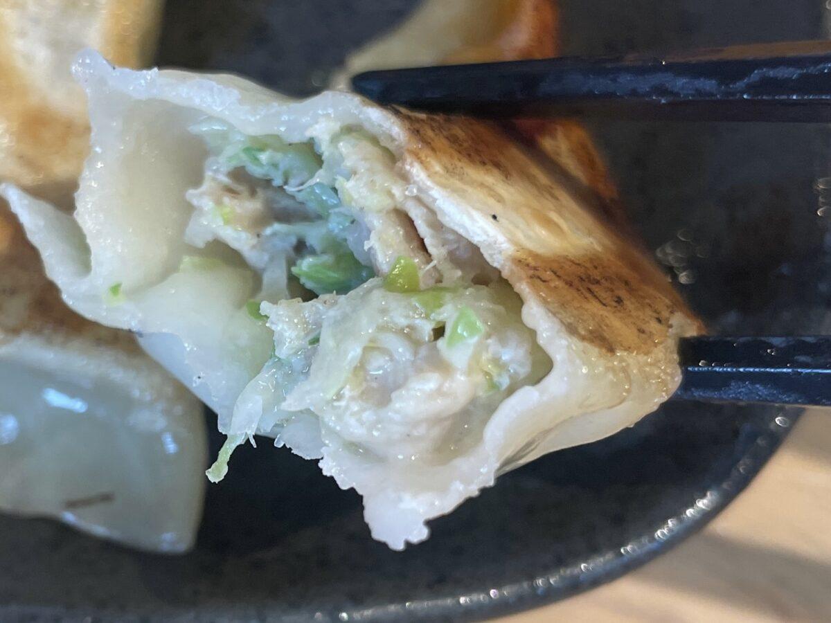 麺やしみずの餃子の餡
